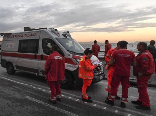 Morto autista del 118 a Pozzuoli: «Sei giorni d'attesa per il tampone»