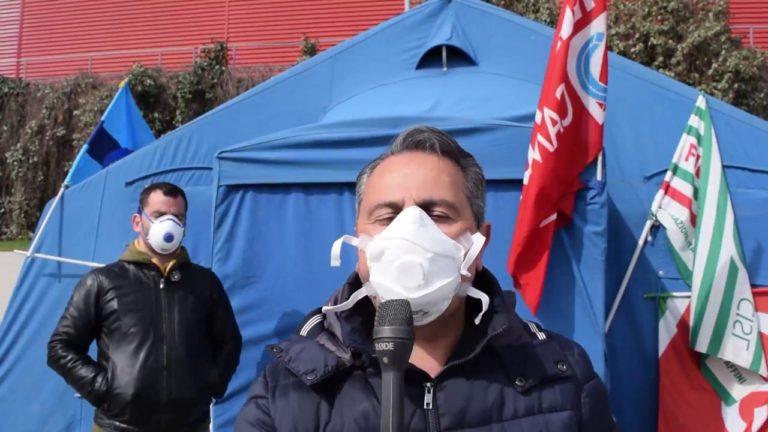 L'emergenza Coronavirus ferma la protesta degli operai Novolegno