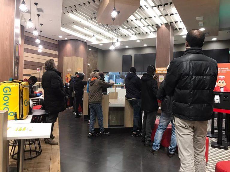 A Milano, come nel resto d'Italia, persiste la situazione di irregolarità che affligge tutto il settore del delivery food
