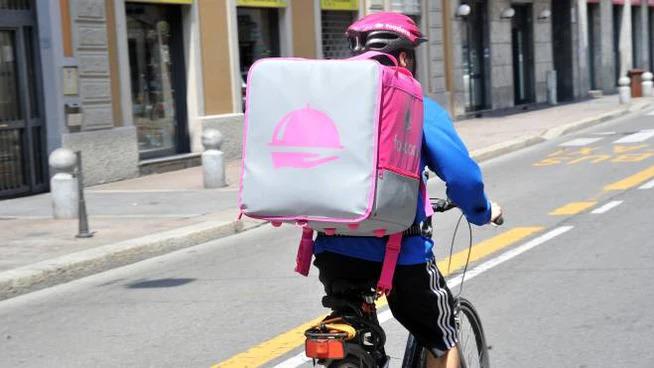 Da Regione Lombardia istanza contro lo stop del Tar su consegne a domicilio
